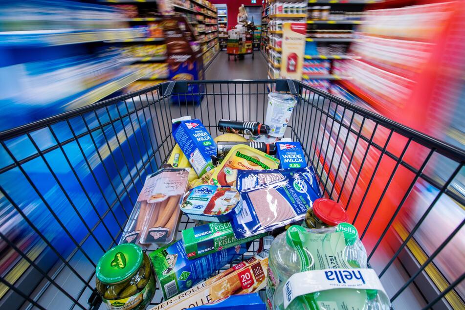 Lebensmittel-Verschwendung soll ein Ende haben: SO kaufen wir Deutschen ein