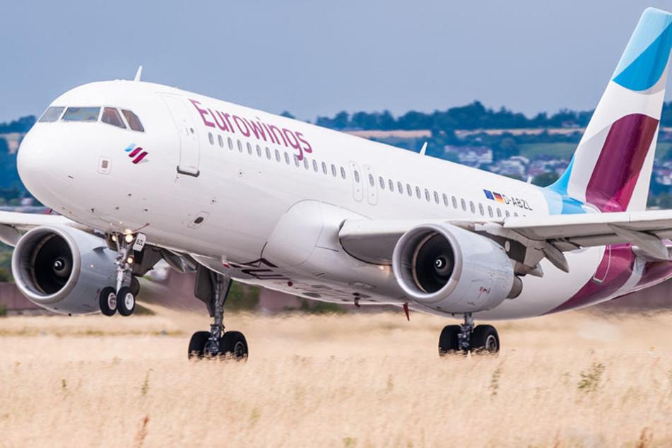 Eurowings macht den Air-Berlin-Kunden ein Angebot für die Rückflugtickets.