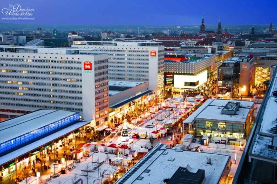 """Die """"Dresdner Winterlichter"""" führen entlang der Einkaufsmeile der Prager Straße."""