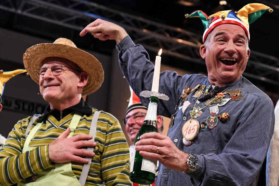 """""""Was sich liebt, das neckt sich"""": Winfried Hermann (links) und Thomas Strobl (rechts)."""