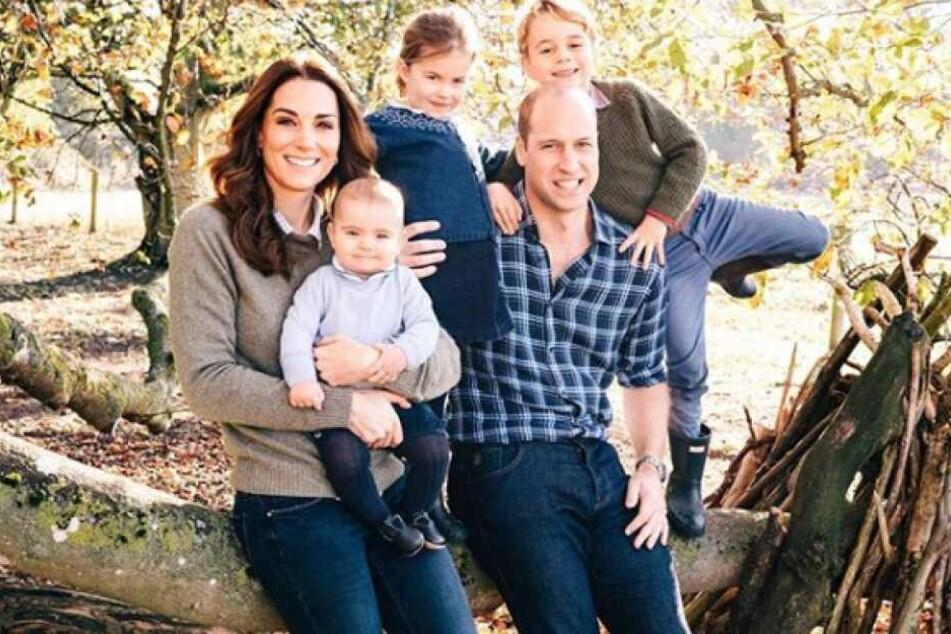 2018: Prinz George, Prinzessin Charlotte und Prinz Louis senden royale Weihnachtsgrüße.