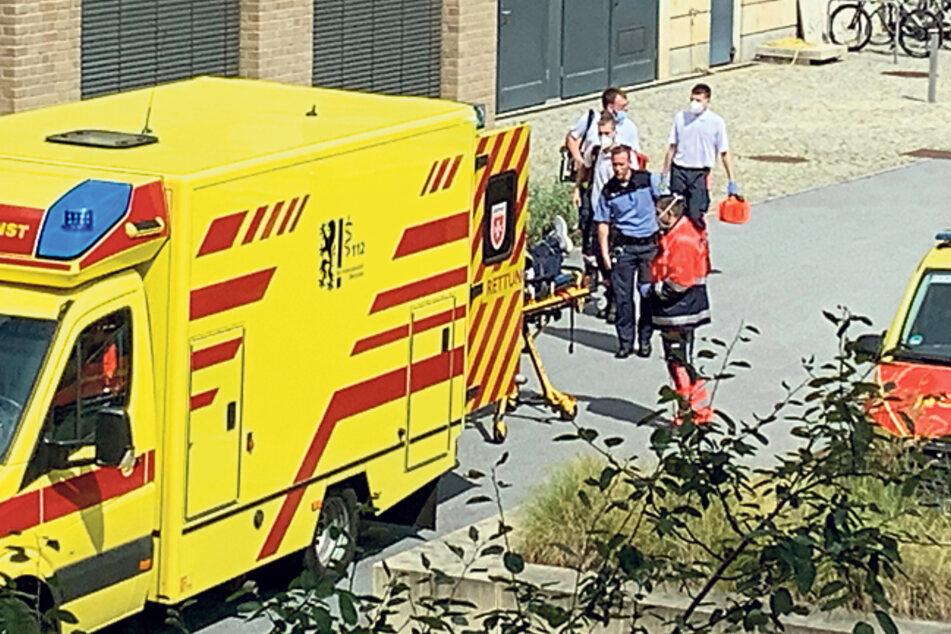 Mittags kam dann der Notarzt und nahm Stefan G. nach einer Herzattacke im Haftkeller mit ins Krankenhaus.