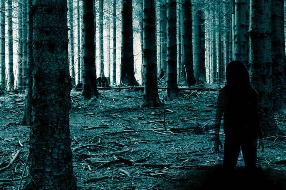 Nackte Frau im Wald gesehen? Schüler bei Nachtwanderung in Panik