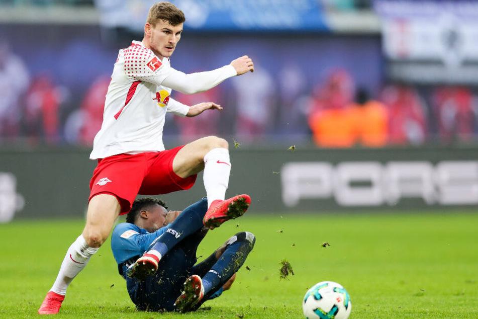 In der vergangenen Saison standen sich Hamburgs Gideon Jung und Leipzigs Timo Werner noch in der 1. Liga gegenüber.