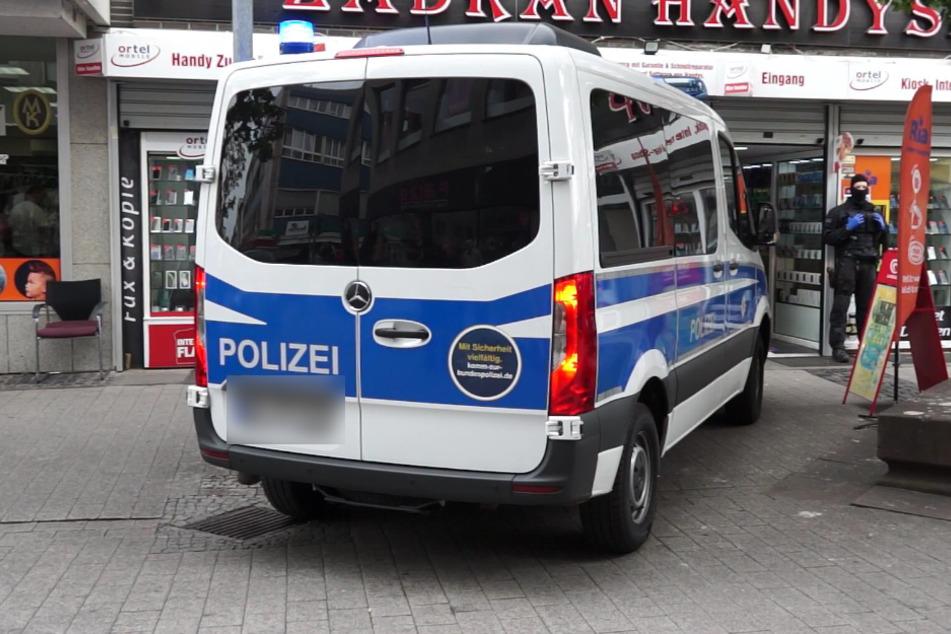 Polizei-Großeinsatz bei Drogen-Razzia in Rüsselsheim