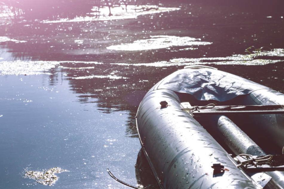 Gekentertes Schlauchboot löst Großeinsatz aus