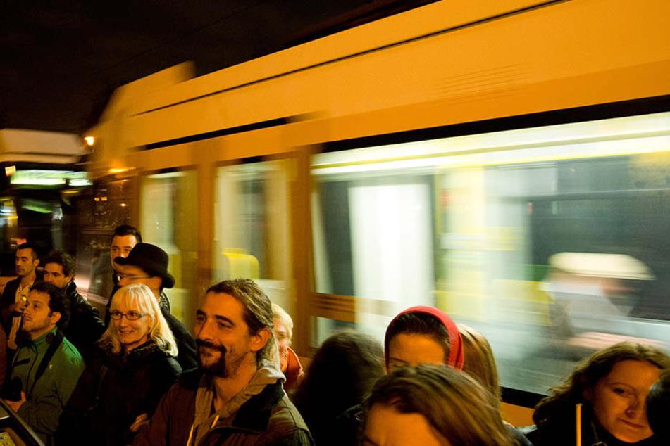 Aufgepasst! Diebe tummeln sich in Gedränge in Leipziger Straßenbahnen