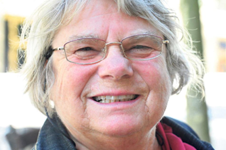 """Antje Müller (75), Ex-Chemnitzerin, die als Rentnerin in Oldenburg lebt: """"Ich wähle die CDU. Die garantieren die wirtschaftliche Leistung Deutschlands. Ich kann keine andere Partei wählen."""""""
