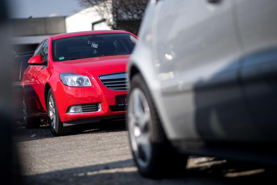 Autofreie Sonntage und die Ausweitung von Tempo 30 soll die Luftqualität in Städten verbessern. (Symbolbild)