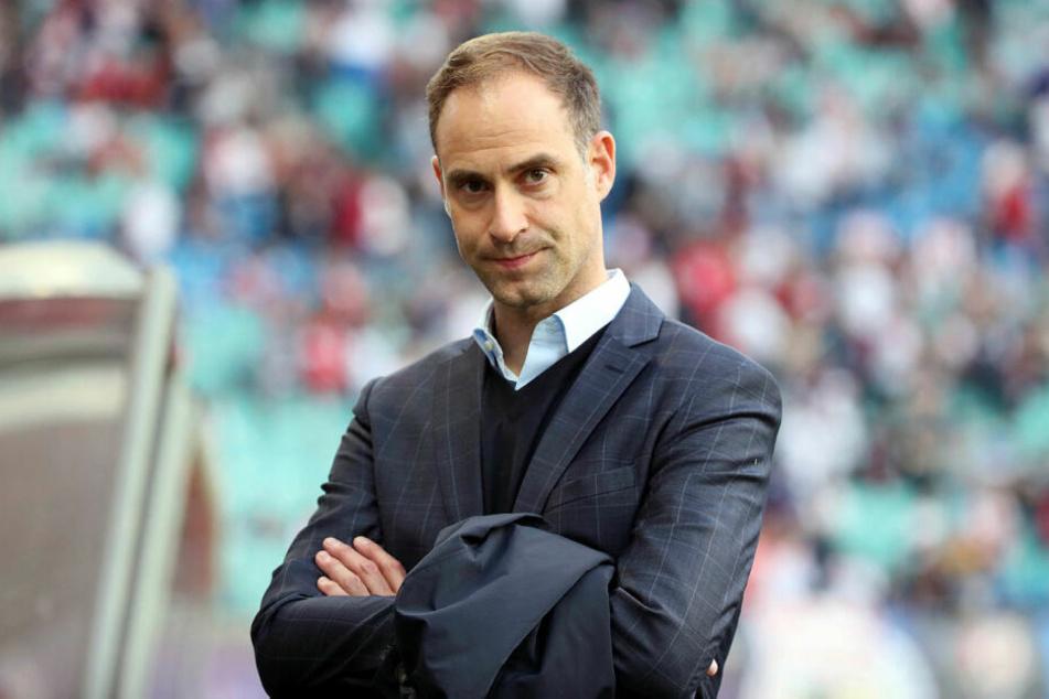 Geschäftsführer Oliver Mintzlaff (43) hat über die aktuellen Pläne von RB Leipzig gesprochen.