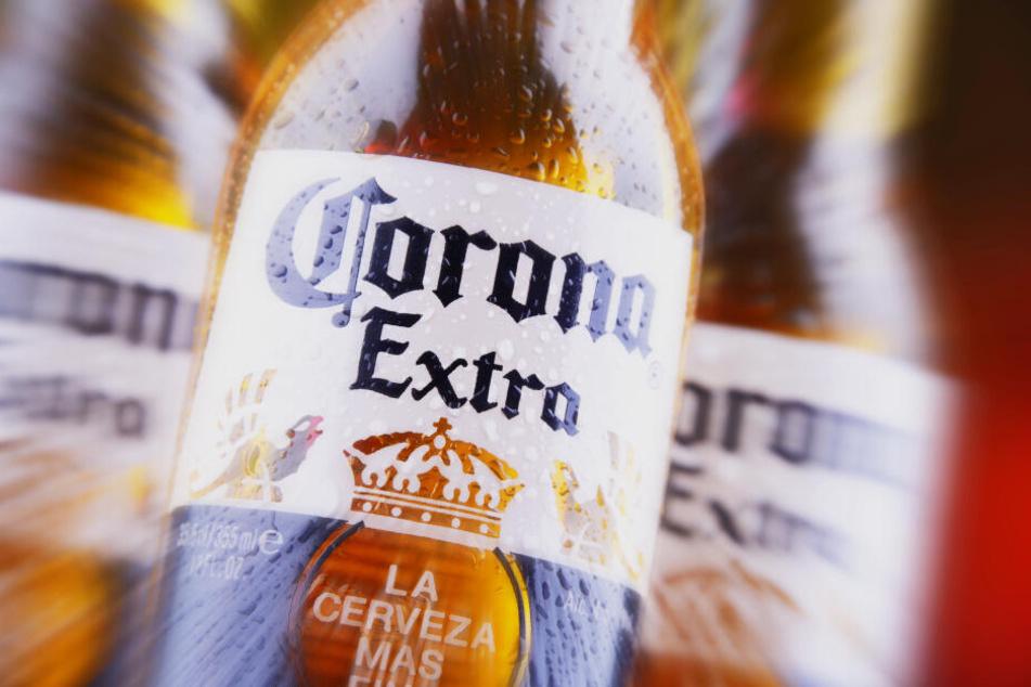 Das mexikanische Corona Bier versetzt Genießer in Angst und Schrecken (Symbolbild).