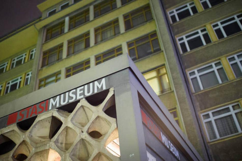 Der Eingang zum Berliner Stasimuseum.