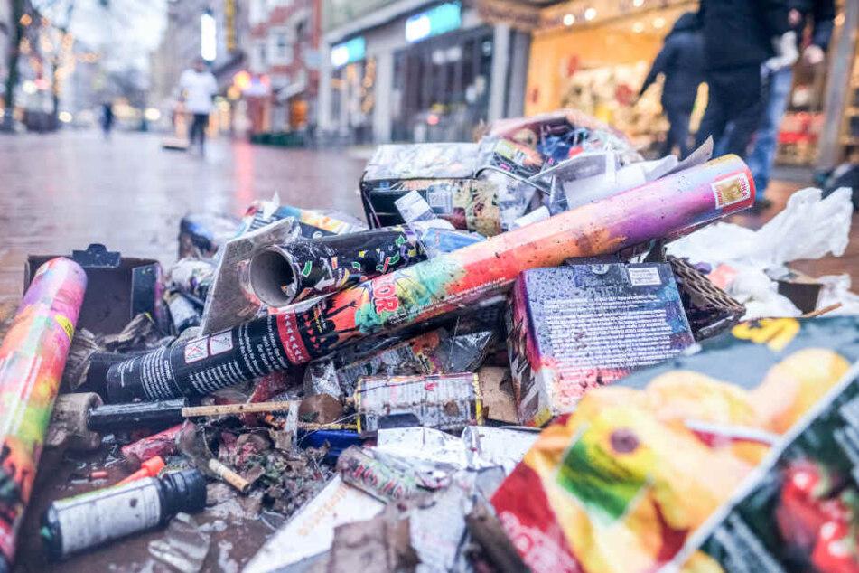 """Deutschlandweit wurden 98 Städte aufgefordert die """"Böllerei"""" zu verbieten (Symbolfoto)."""
