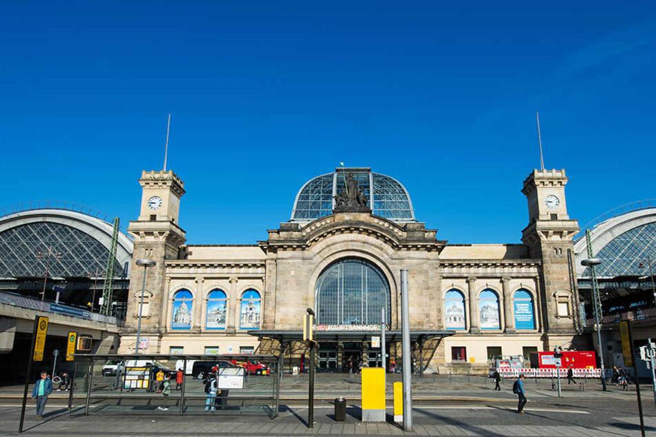 Am Dresdner Hauptbahnhof soll bald das erste Fahrradparkhaus in Sachsen entstehen!