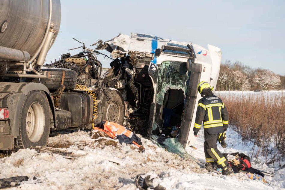 30 Autos krachen auf Autobahn ineinander: Mindestens 15 Verletzte!