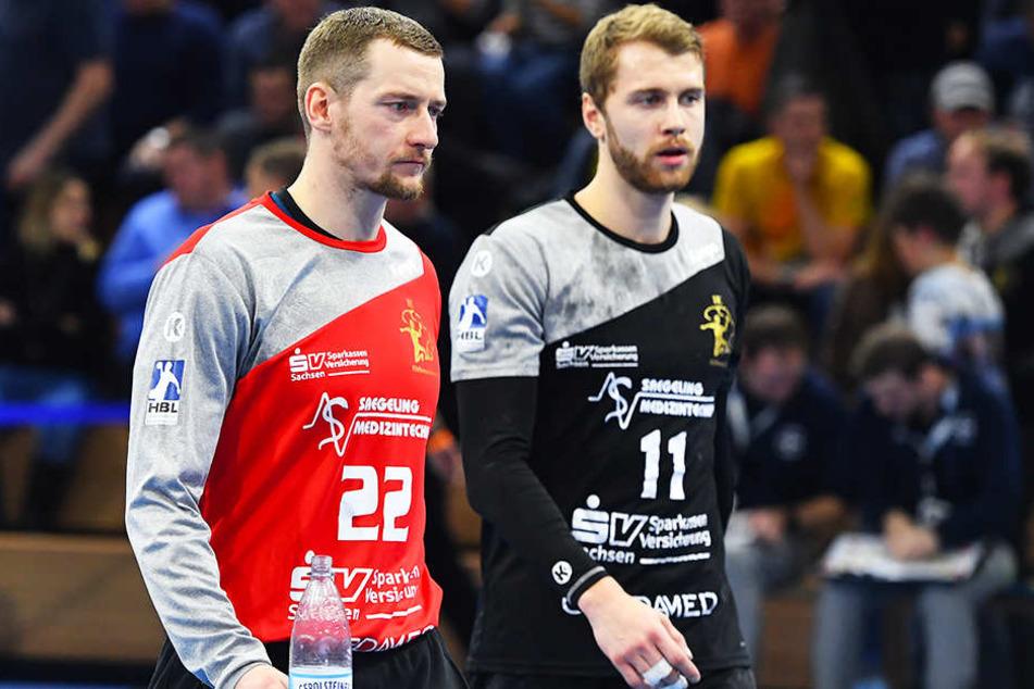 HCE-Torwart Mario Huhnstock und Teamkollege Arseniy Buschmann wollen die Niederlage gegen Bayer Dormagen vergessen machen.