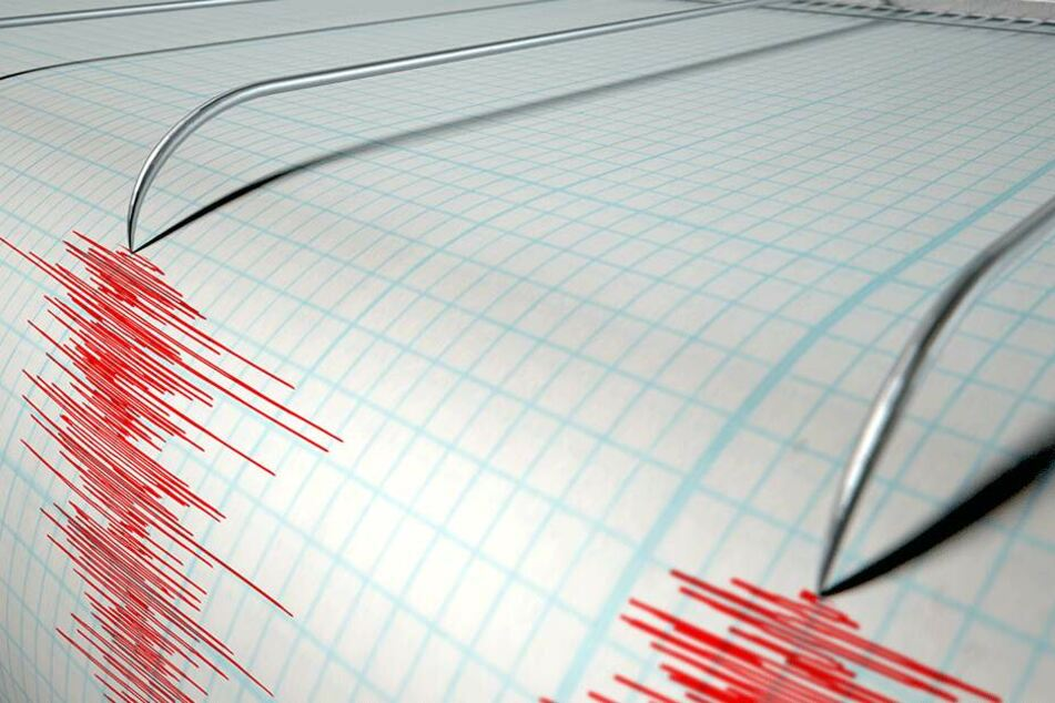 Seismologen zufolge erreichte das Beben eine Stärke von 5,1 bis 5,3.