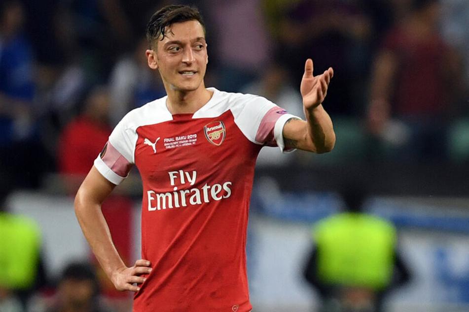 Mesut Özil könnte demnächst das Trikot der Gunners mit dem von DC United eintauschen.
