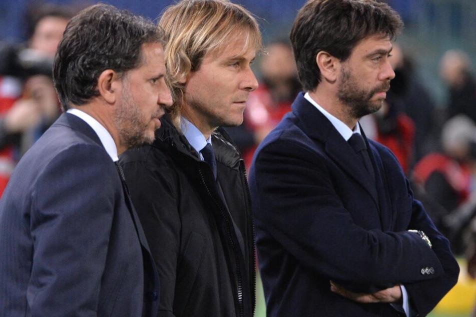 Fabio Paratici (l.) mit Pavel Nedved und Andrea Agnelli.