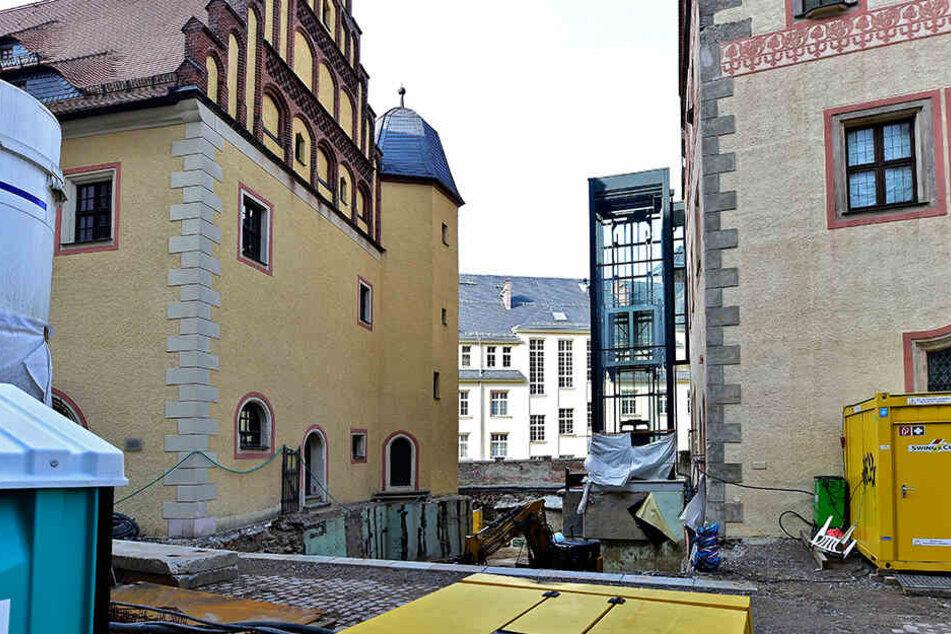 Noch wird fleißig gebaut. Doch schon Ende des Jahres soll die Lücke zwischen Stadt- und Bergbaumuseum geschlossen sein.