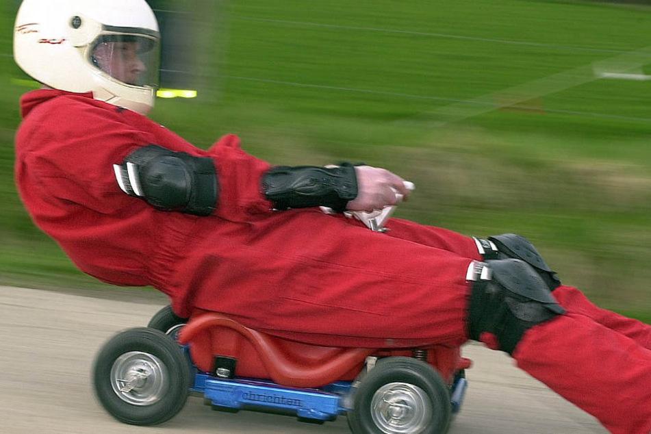 Mit den getunten Bobby-Cars werden bis zu 70 km/h erreicht (Archivbild).