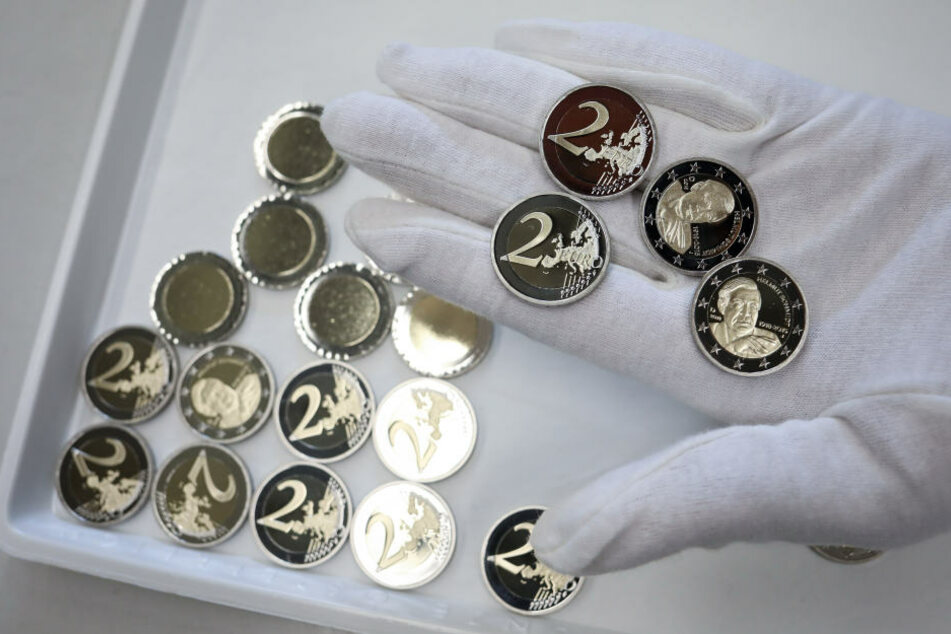 Würden Sammler für eine Fehlprägung tatsächlich eine Million Euro ausgeben? Ein Ebay-Verkäufer hofft auf das große Geld. (Symbolbild)