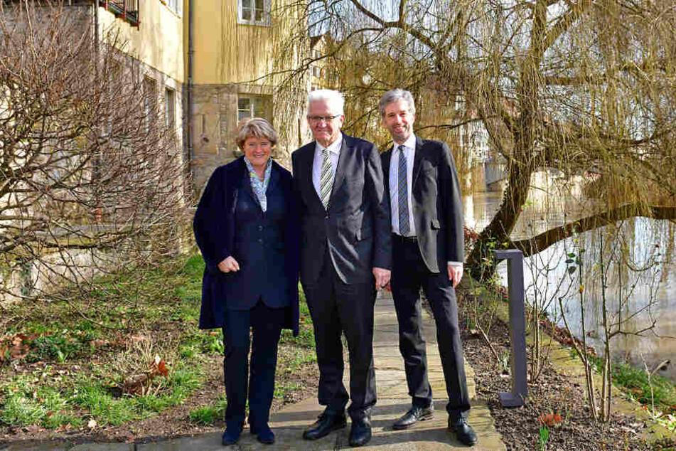 Bei der Wiedereröffnung vor Ort (v.l.): Kulturstaatsministerin Monika Grütters, Ministerpräsident Winfried Kretschmann und OB Boris Palmer.