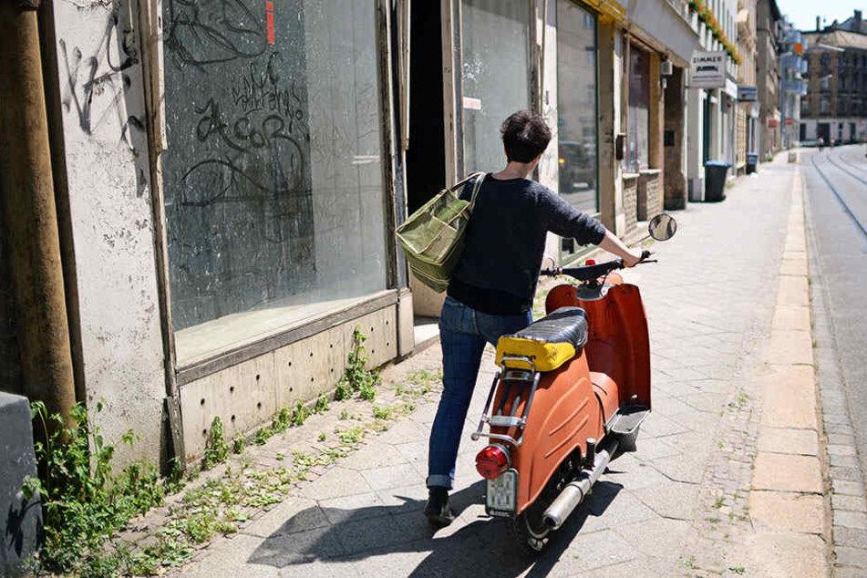 Anwohner der Georg-Schwarz-Straße können sich freuen: Auch für Fußgänger wird der Abschnitt sicherer und freundlicher gestaltet.