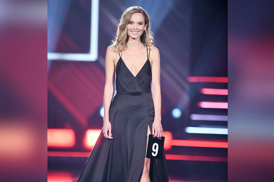 Bei der Misswahl trat Berneis unter anderem im Abendkleid vor die Jury.