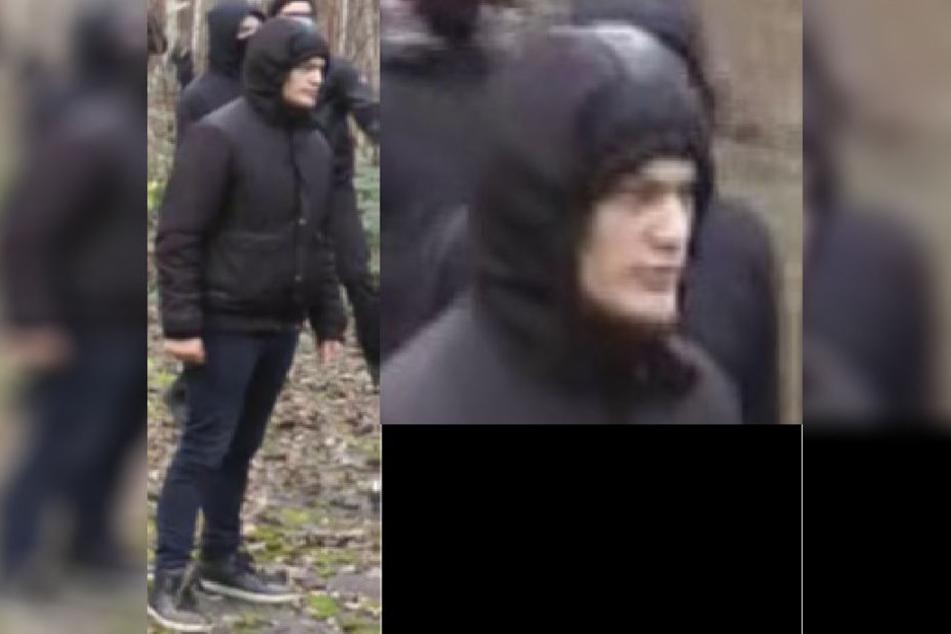 Komplett dunkel gekleidet, das Gesicht aber frei: Wer ist dieser Mann?