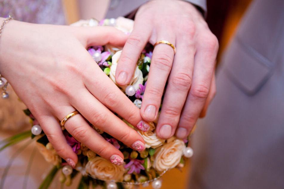Das aufwändige Hochzeitszeremoniell wurde von der Mutter noch gesponsort (Symbolbild).