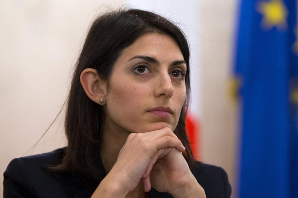 Roms Bürgermeisterin Virginia Raggi am 21.12.2016 auf einer Pressekonferenz.