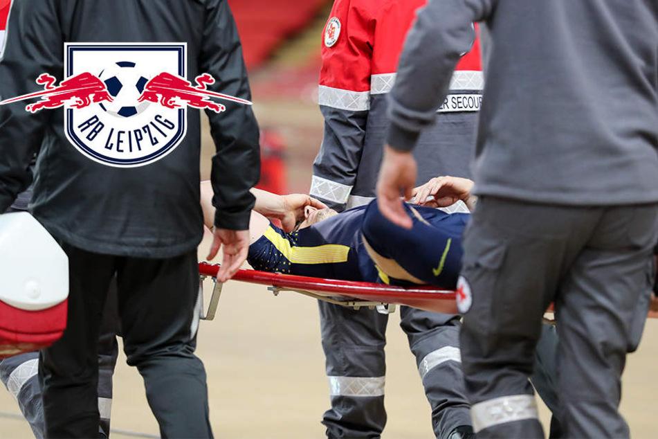 Schock für RB Leipzig! Sabitzer wird vom Spielfeld getragen