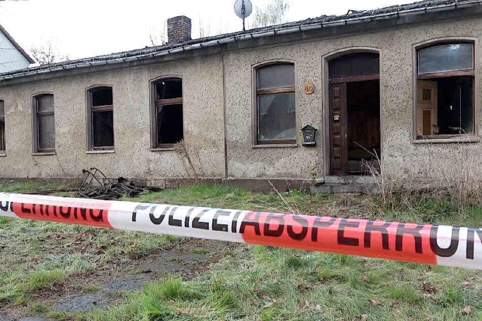 Polizei findet nach Hausbrand Leiche: Jetzt steht fest, wer der Tote ist