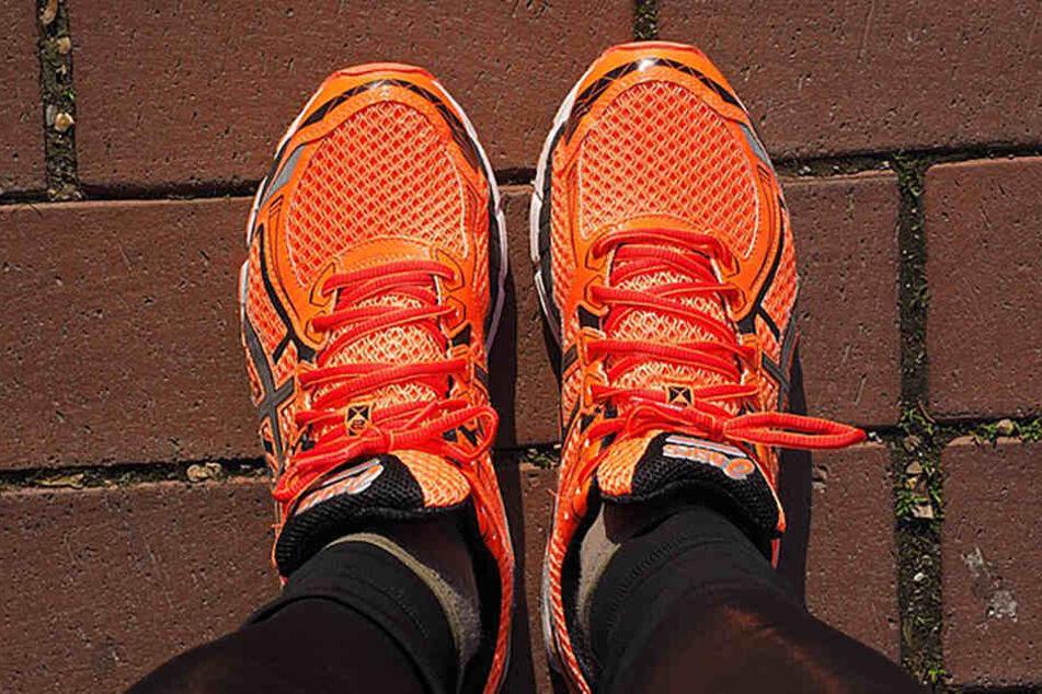 Der richtige Laufschuh ist gut zu den Füßen und Gelenken.
