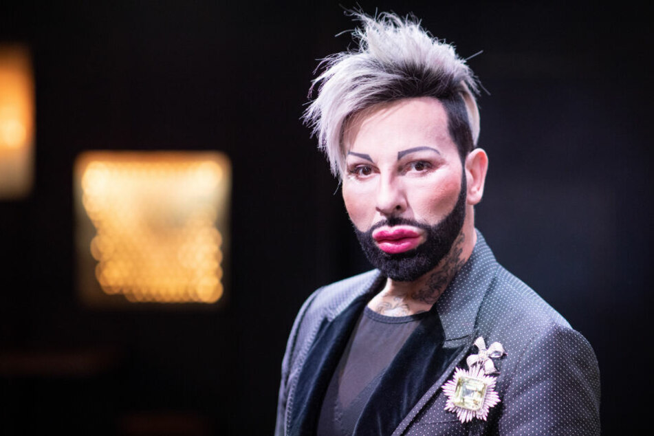 Harald Glööckler ist ein Modeschöpfer.