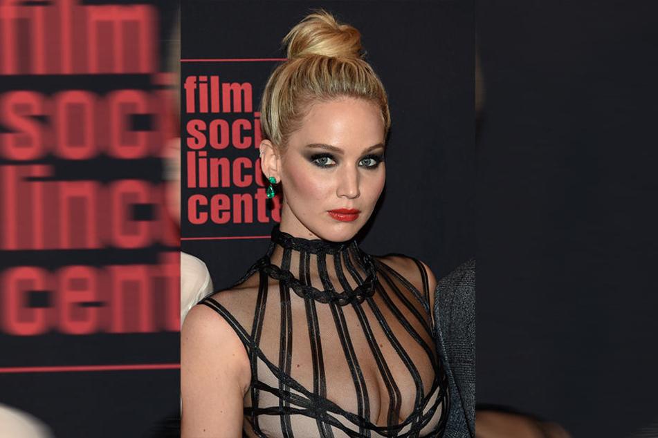 Die US-Schauspielerin Jennifer Lawrence sagt, die Beziehung zu Weinstein sei immer professionell gewesen.