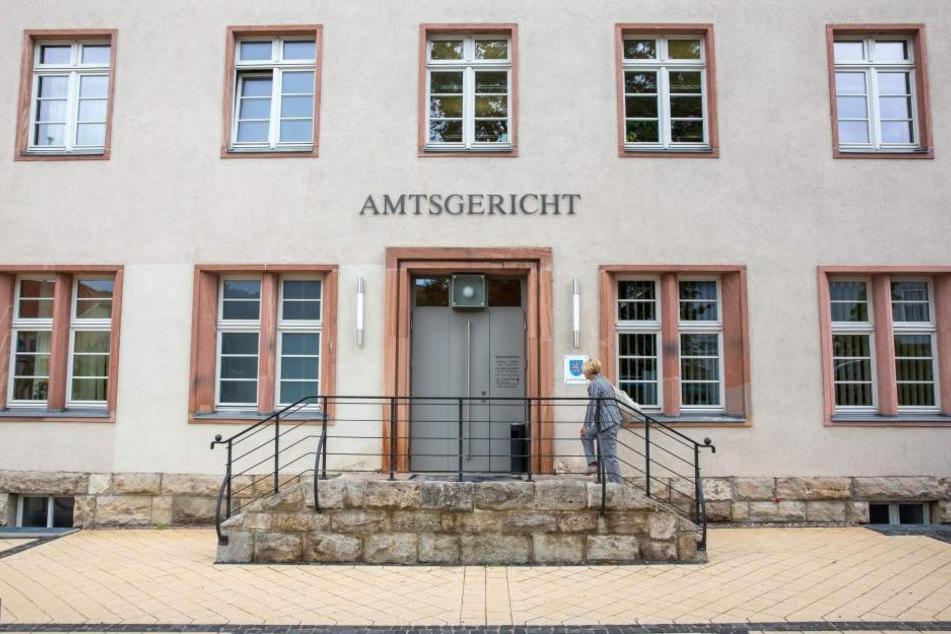Das Amtsgericht in Arnstadt musste am Freitagmorgen evakuiert werden.