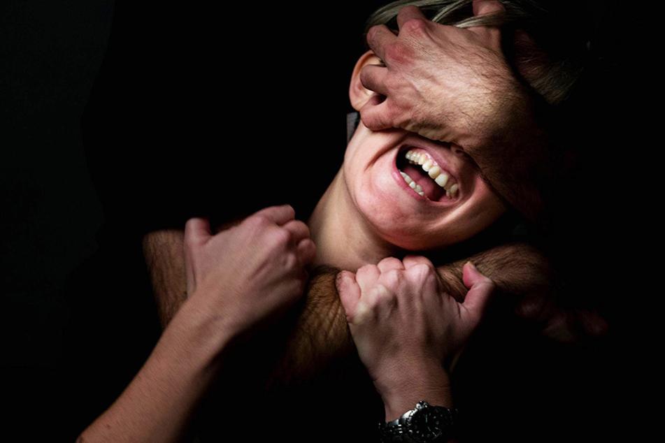 Als Motiv gab er Eifersucht an. Die Frau überlebte.