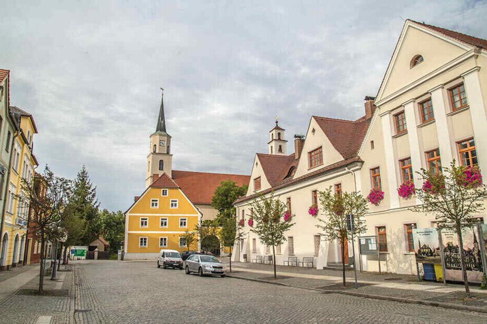 Aus dem Rothenburger Pfarramt klauten Einbrecher drei Gewehre und sieben Pistolen.