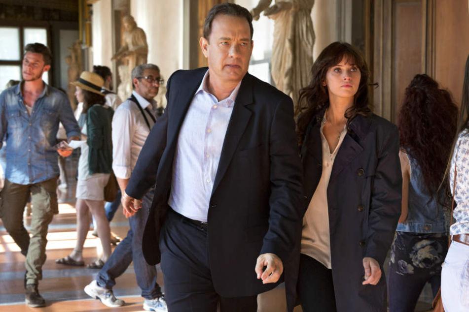 """Felicity Jones (33) an der Seite von Tom Hanks (61) in """"Inferno""""."""