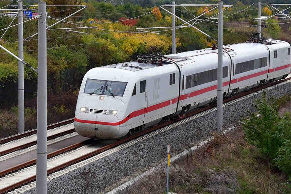 Bahn startet Premierenfahrt auf neuer ICE-Schnellfahrtstrecke