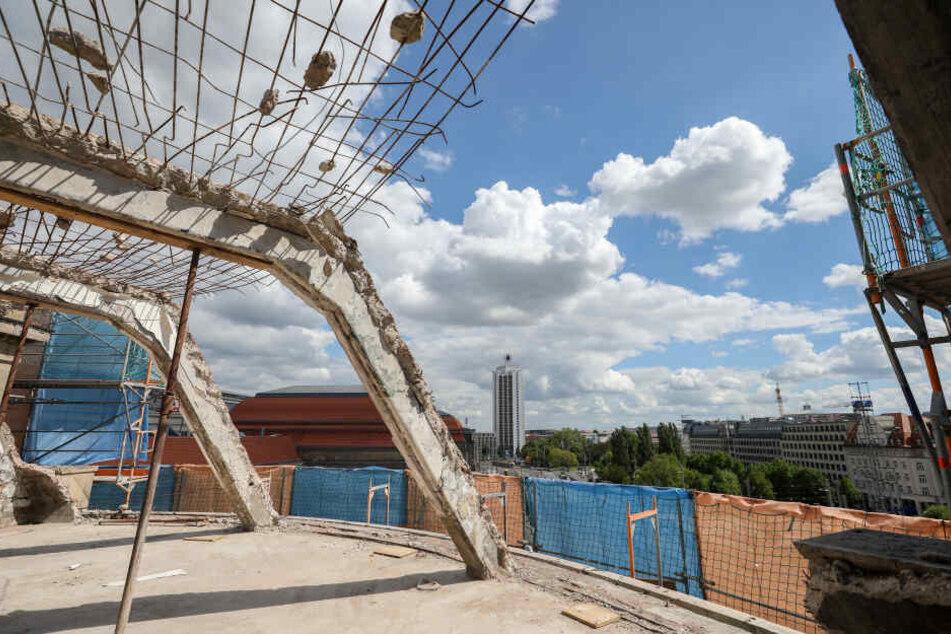 Die Dachkonstruktion am Innenstadtring ist denkmalgeschützt, wird umgebaut.