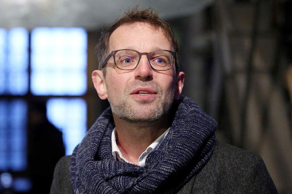 Nach dem Feuer in Notre-Dame rechnet der Kölner Dombaumeister Peter Füssenich mit einem jahrzehntelangen Wiederaufbau.