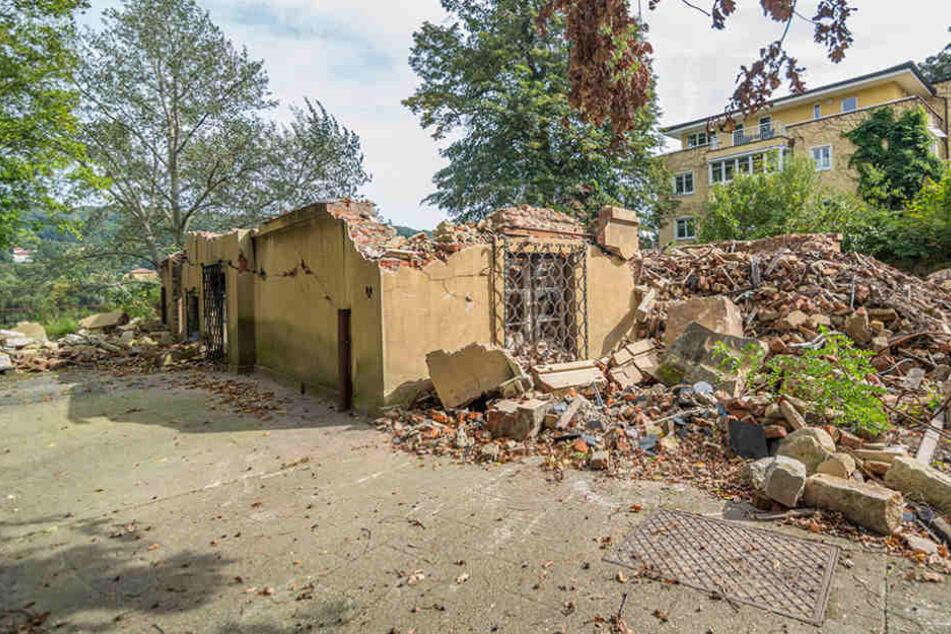 Geschütze Villa abgerissen: Eigentümer zieht vor Gericht