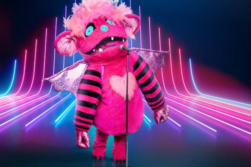 """Wer sich wohl hinter dem pinkfarbenen Monster bei """"The Masked Singer"""" verbirgt."""