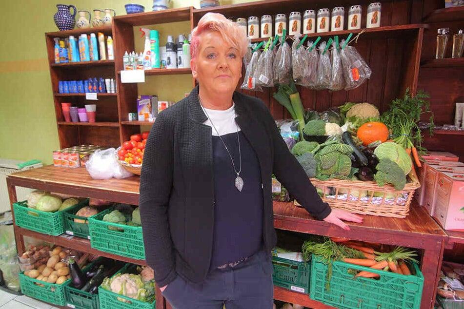 Freitals Tafel-Chefin Karin Rauschenbach (50) klagt über mangelnde Hilfe seitens der Stadt.