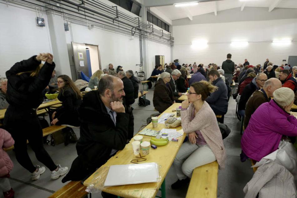 Bei Evakuierungen richtet die Stadt Köln wie hier im November 2018 Aufenthaltsräume für die betroffenen Anwohner ein.