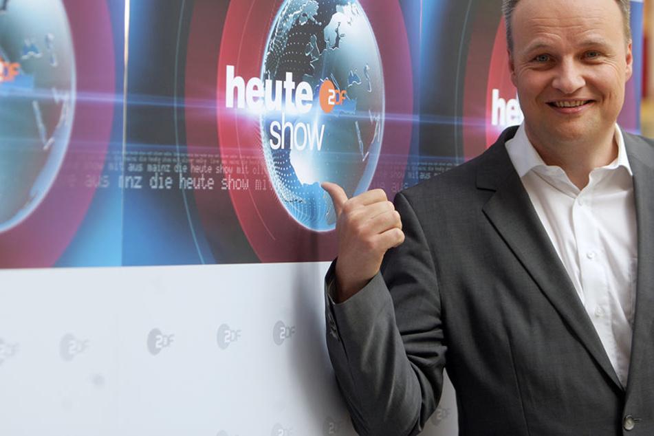 """Oliver Welke (51) hat in seiner """"heute Show"""" einen """"seit frühester Kindheit unter einer sprachlichen Behinderung leidenden"""" AfD-Politiker vorgeführt."""
