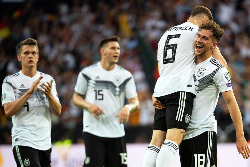 Die deutsche Mannschaft kam aus dem Jubeln gar nicht mehr heraus: Insgesamt acht Treffer durfte das DFB-Team feiern.
